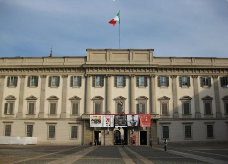 Alunni ciceroni in visita a milano e alla mostra di for Istituto grafico pubblicitario milano
